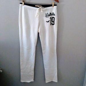 new// Hollister   White Sweatpants